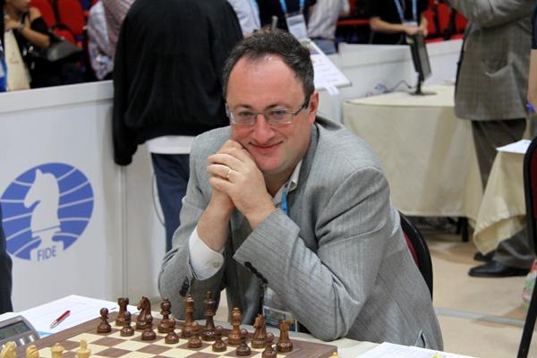 Ad eccezione della lontana vittoria nel 1992, Boris Gelfand non ha mai particolarmente brillato nel torneo di Wijk aan Zee. Non parte mai tra i favoriti, ma alla fine per vincere un Super Torneo spesso si devono fare i conti con l'israeliano