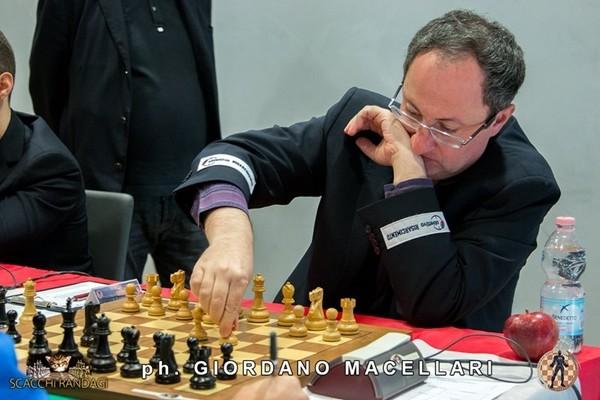 Gelfand non fa molto meglio: solo tre patte nella prima scacchiera di Padova