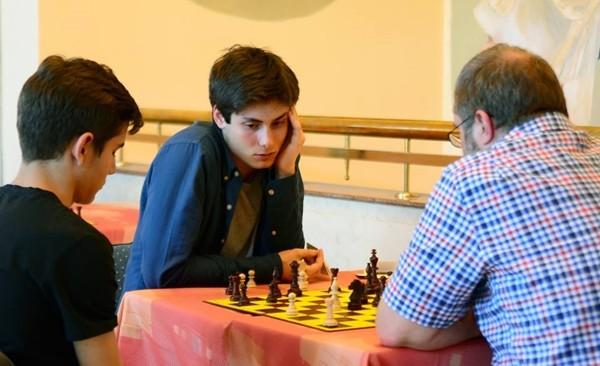 Rambaldi analizza con il Capitano non giocatore Godena