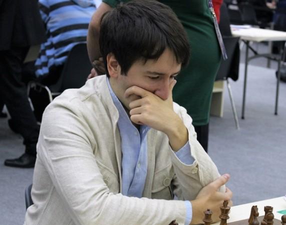 Radjabov, numero uno in entrambi i tornei