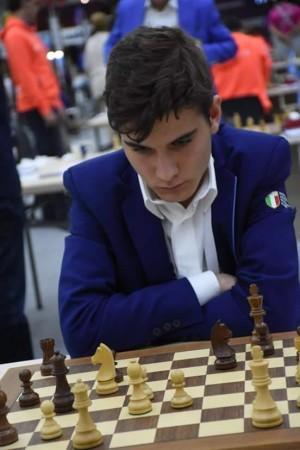 Moroni on fire. Terza vittoria nel torneo contro il GM Emre Can, 2565