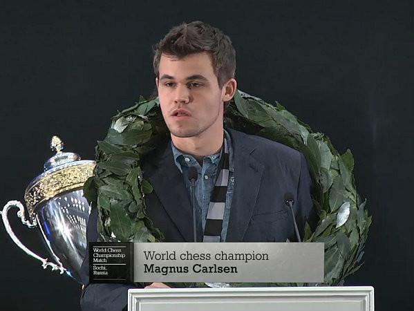 Mondiale_2014_Cerimonia_chiusura_Carlsen