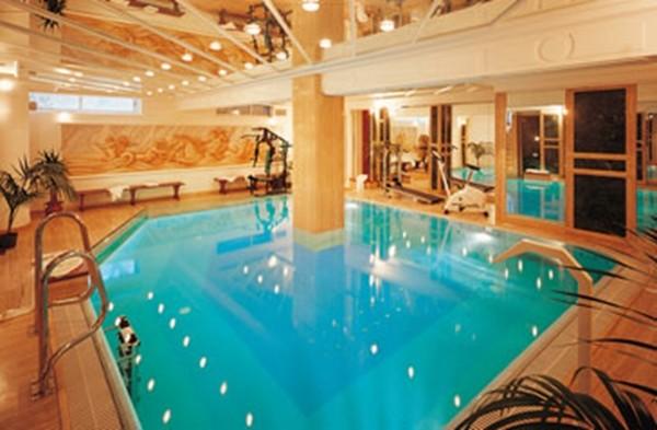 hotel_piscina_gabicce