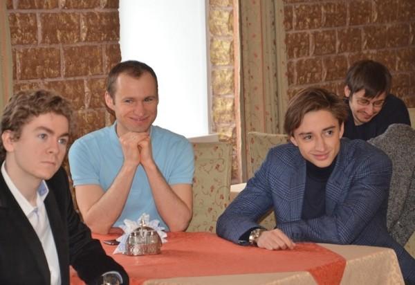 la postazione degli out-siders: David Anton, Sergey Zhigalko Daniil Dubov