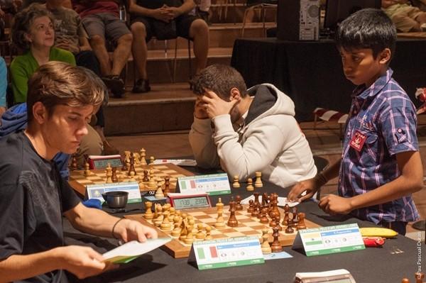 Nell'8° turno Moroni patta con Praggnanandhaa. Vocaturo giocherà altre 3 oltre prima di pattare con Jumbayev