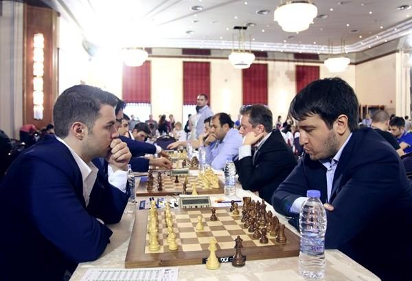 Vocaturo-Radjabov prima scacchiera del match vittorioso contro l'Azerbaigian nel primo turno dell'Europeo 2017. Foto di Anastasiya Karlovych