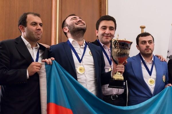 e Mamedyarov è il più felice di tutti!