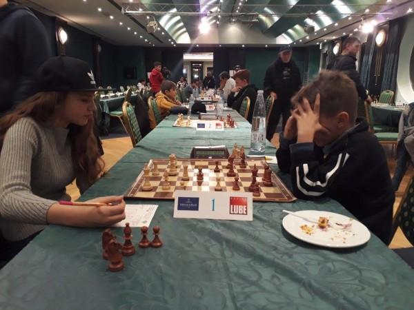 Lara Scagliarini-Casadio, prima scacchiera del 1° turno del torneo B