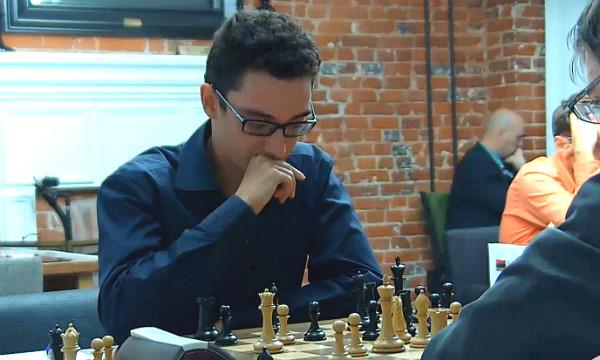 dopo la devastante 23..b6, Caruana sta per giocare la vincente 24..c5