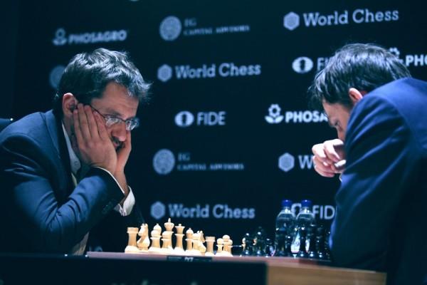 Aronian-Grischuk. Foto FIDE