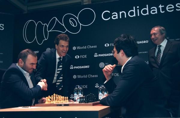 Mamedyarov-Kramnik. Foto FIDE