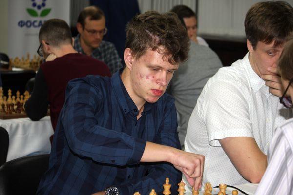 Lo specialista Artemiev vince sia Rapid che Blitz!