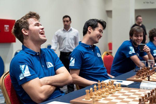 Carlsen scende in campo nel 2° turno e battendo Potkin sala il 1° posto Mondiale