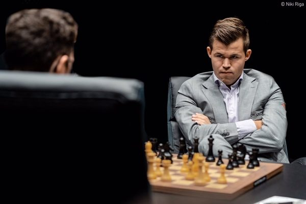 La reazione di Carlsen a 6.b6. Foto Niki Riga