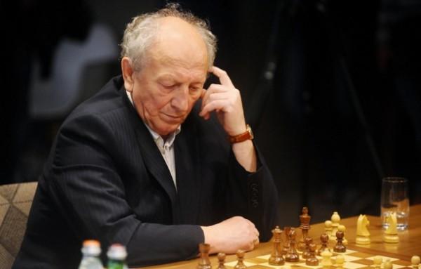 il Grande Maestro russo Evgeny Sveshnikov