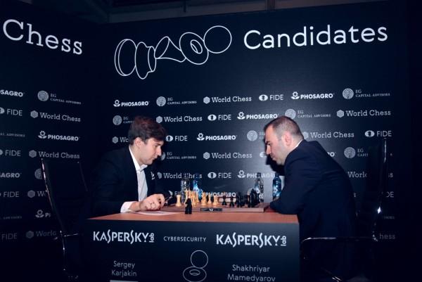 Mamedyarov parte battendo l'ultimo Sfidante. Foto FIDE