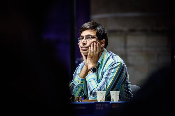 Quest'anno Anand compirà 50 anni. Avendo 14 anni in più del secondo meno giovane della Top-10 Mondiale, l'ex Campione del Mondo continua a dimostra un'incredibile longevità.