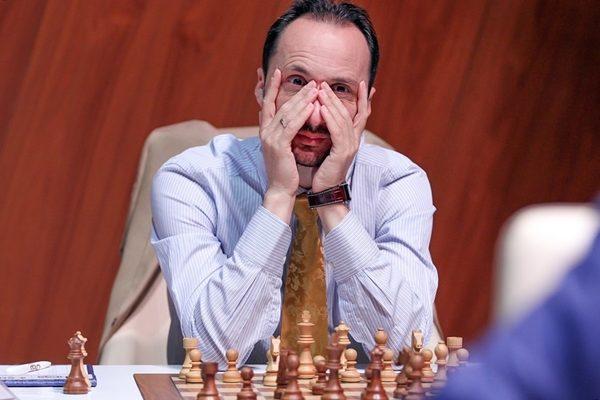 Negli ultimi due anni Topalov ha quasi abbandonato gli scacchi agonistici FIDE. Fa eccezione proprio il Memoriual Gashimov, nel quale ha ottenuto un secondo (2017) e un settimo (2018) posto.
