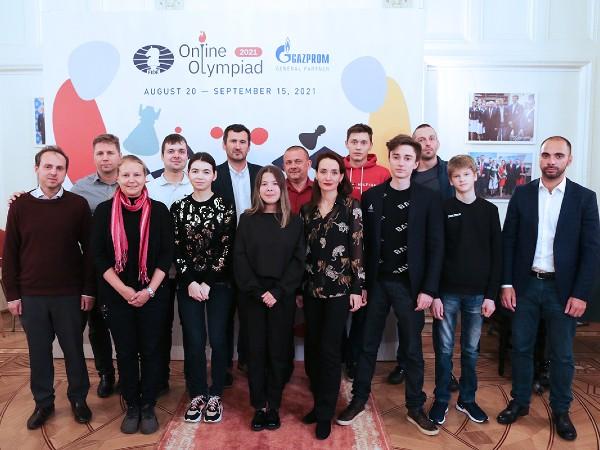 Russia_Olimpiadi_online-2021_rosa
